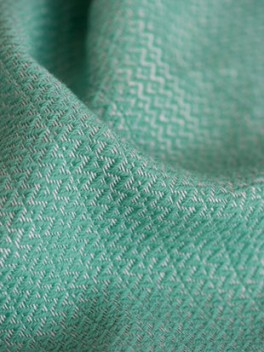 Decke mit Farbverlauf Marineblau - Türkis, Detail///Blanket with colour gradient marine - turquoise, Detail